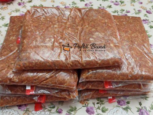 Mici de casa, reteta traditionala de mititei pufosi, pasta de mici