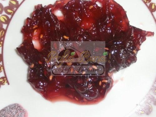 Dulceata de ceapa rosie cu zmeura
