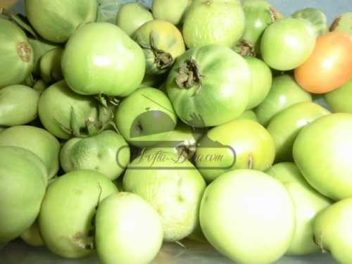 Dulceata de gogonele verzi cu nuca
