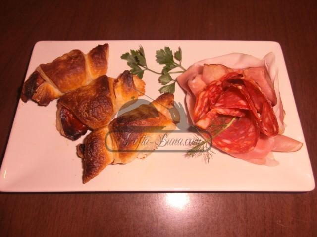 Reteta de cornulete picante din foietaj