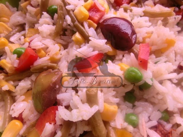 Salata de orez cu legume