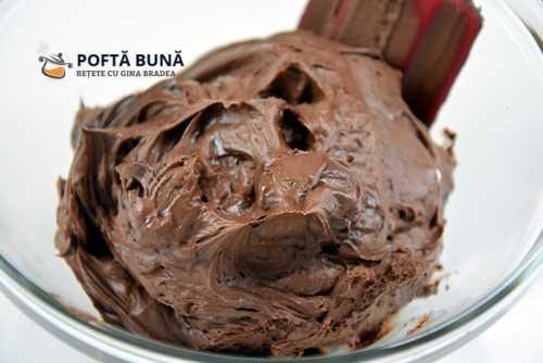 Crema ganache cu ciocolata neagra