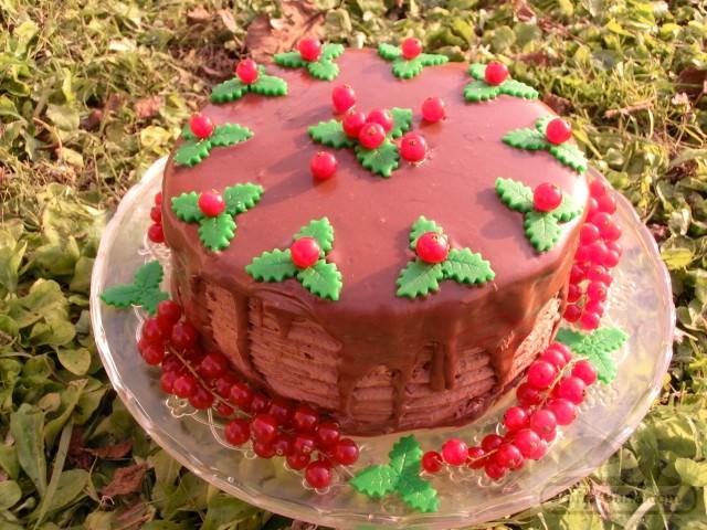 pofta buna gina bradea tort ganache ciocolata smochine 1 - Tort Cesare (cu ganache de ciocolata cu lapte si smochine caramel)