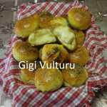 Chifle de casa cu lapte Gigi Vulturu 150x150 - Chifle de casa extra pufoase cu lapte