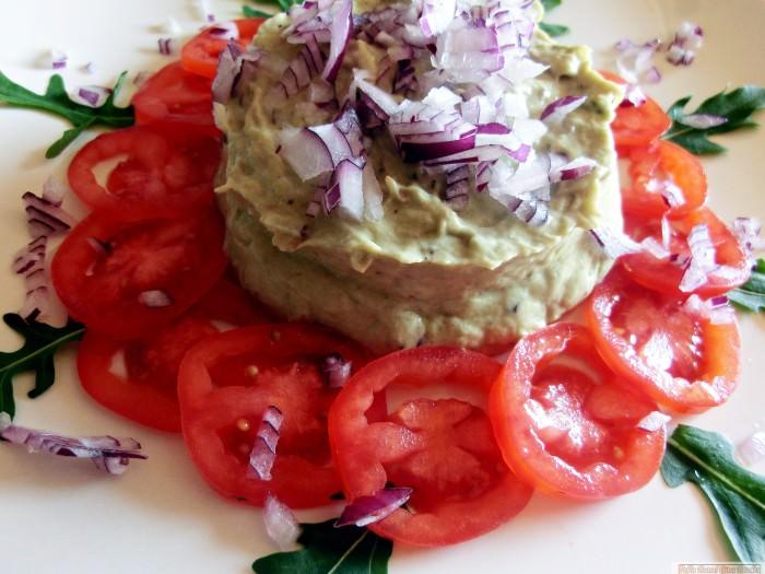 pofta.buna .gina .bradea.salata.de .vinete.cu .avocado.jpg e1402587507983 - Salata de vinete cu avocado