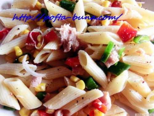 Salata de paste cu ton si legume