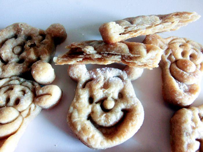 Biscuiti fara zahar, cu faina integrala si lapte de cocos - pentru copii