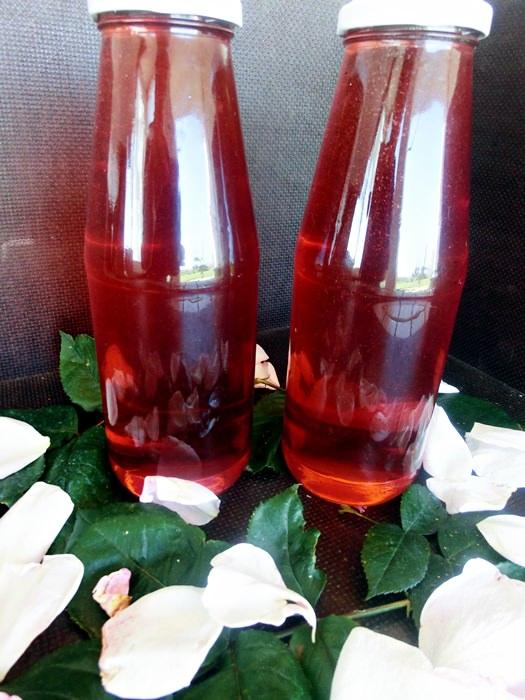 Sirop natural de trandafiri