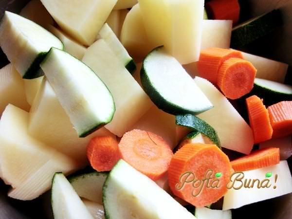 pofta-buna-gina-bradea-piure-de-cartofi-cu-legume.jpg