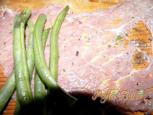 rulouri-de-vitel-cu-fasole-verde-pofta-buna-gina-bradea (2)