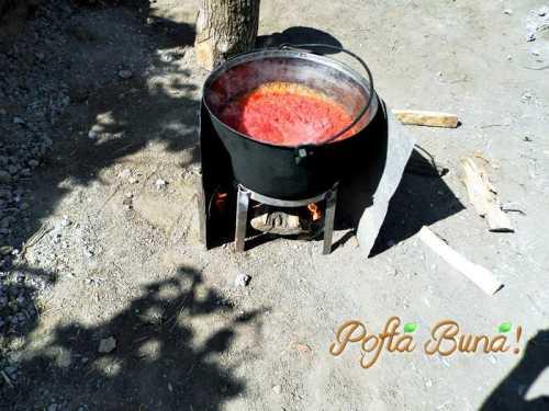 Bulion pasta de ardei