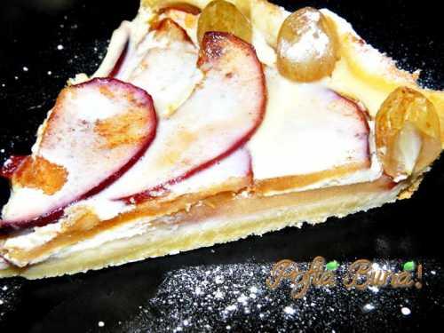 Tarta cu mere, pere si sos de vanilie