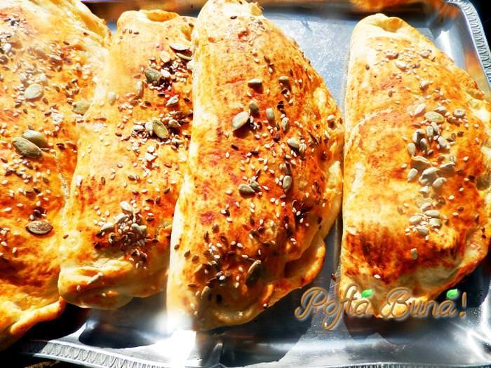 Pizza calzone pofta buna gina bradea 3 - Pizza calzone