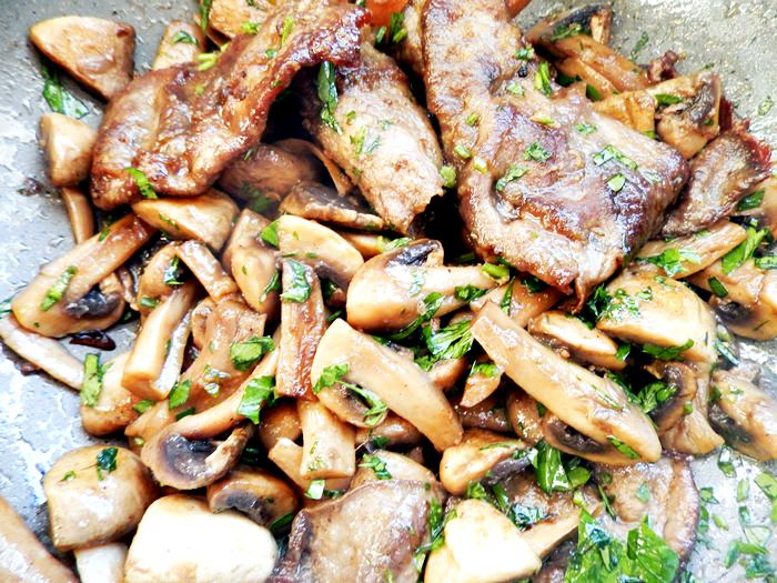 Escalop de vita cu ciuperci