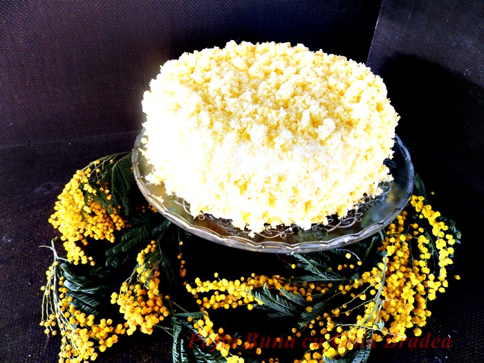 Tort Mimoza Pofta buna cu gina bradea 9 - Tort Mimoza (de 8 martie)