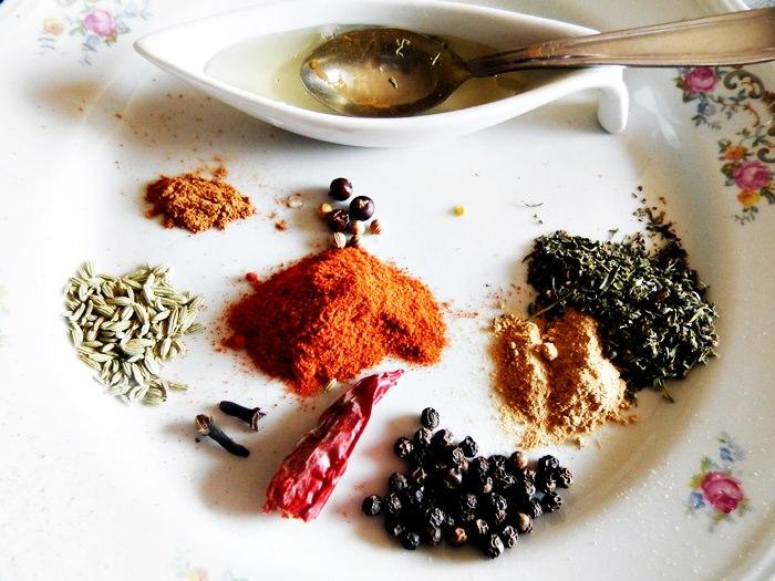 Aripioare aromate, dulci-picante, la cuptor