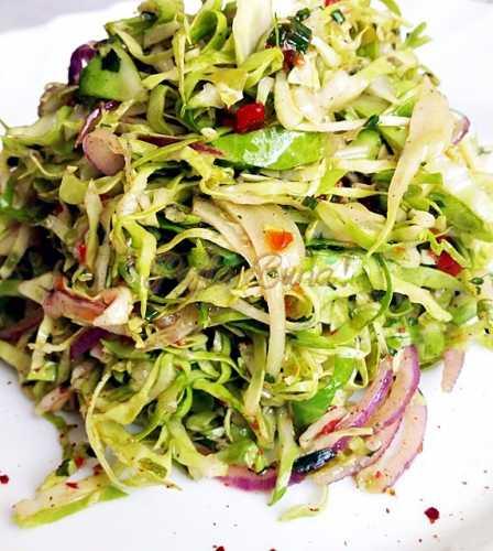 Salata de varza-Camelia Fechete