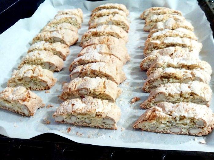 Cantuccini cu migdale cantuccini alle mandorle pofta buna cu gina bradea 5 - Index retete culinare (categorii)