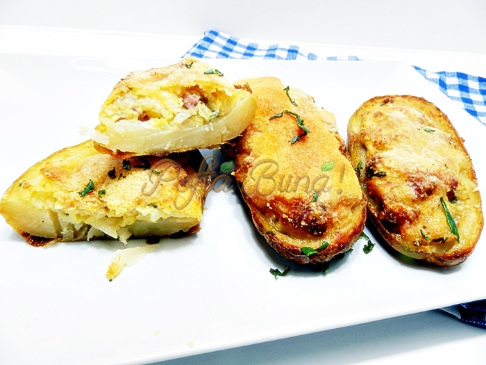 Cartofi umpluti cu bacon si parmezan la cuptor pofta buna cu Gina Bradea 2 - Cartofi umpluti cu bacon si parmezan, la cuptor