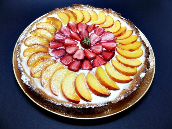 Tarta cu aluat fraged crema de vanilie si fructe pofta buna cu gina bradea 2 - Tarta cu aluat fraged, crema de vanilie si fructe