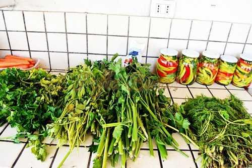 Zarzavat pentru supa ciorba pentru iarna pofta buna cu gina bradea 4 500x334 - Zarzavat pentru iarna, reteta simpla, fara conservant