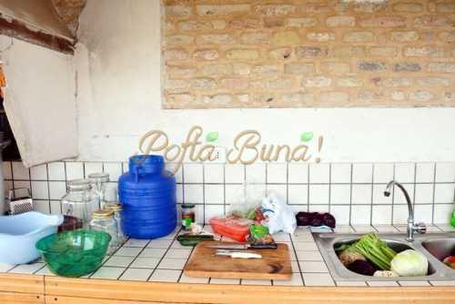 Gogonele muraturi simple sau asortate pofta buna cu gina bradea 7 500x334 - Muraturi asortate - reteta de gogonele murate la butoi sau la borcan
