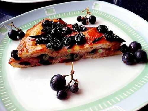 Placinta cu struguri-Scchiaciata all uva-I.C.Canea