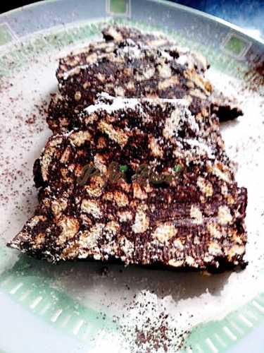 Salam-de-biscuiti-pofta-buna-cu-gina-bradea (1)