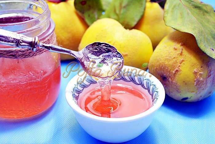 Peltea de gutui pofta buna cu gina bradea 1 - Index retete culinare (categorii)