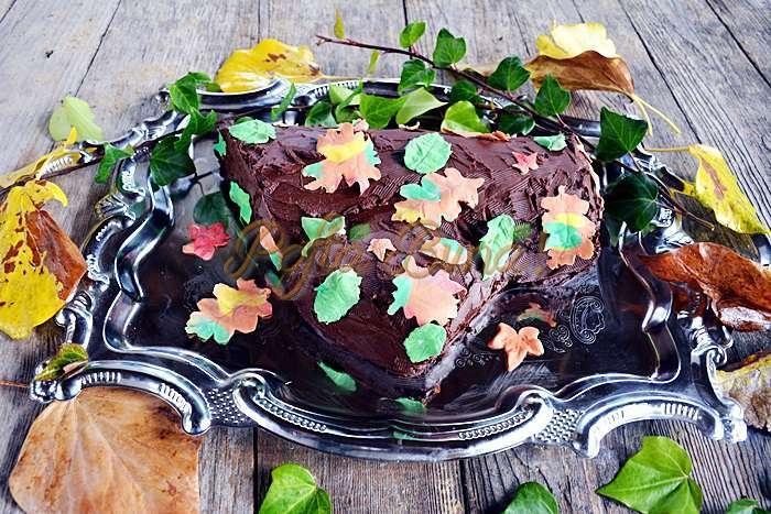 Tort buturuga pofta buna cu gina bradea 4 - Tort buturuga cu ciocolata si foaie de rulada