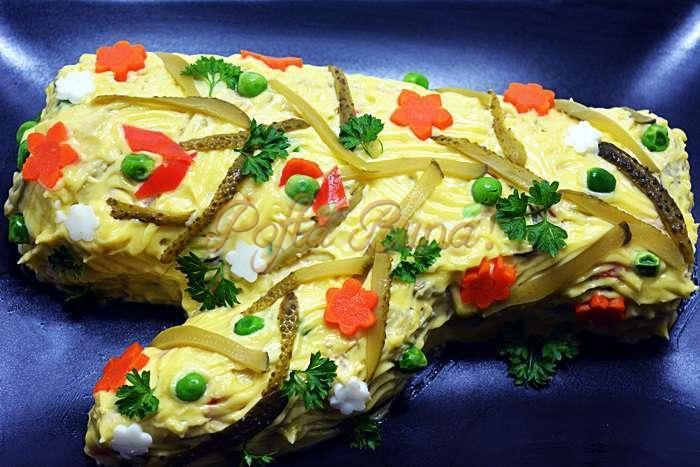 Salata boeuf reteta veche, ornamente si ingrediente de baza