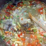 Ciorba de vacuta taraneasca cu legume si leustean fasole pastai gina bradea 2 150x150 - Ciorba de vacuta taraneasca cu legume si leustean