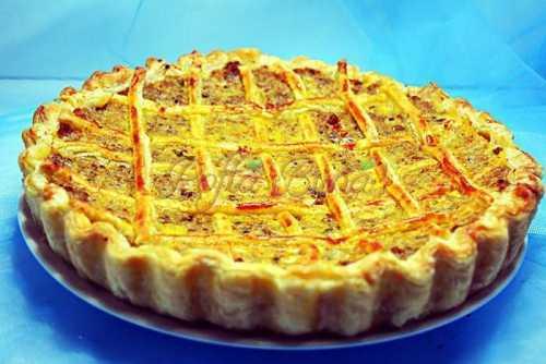Placinta tarta cu carne pofta buna cu gina bradea 3 500x334 - Placinta cu carne tocata