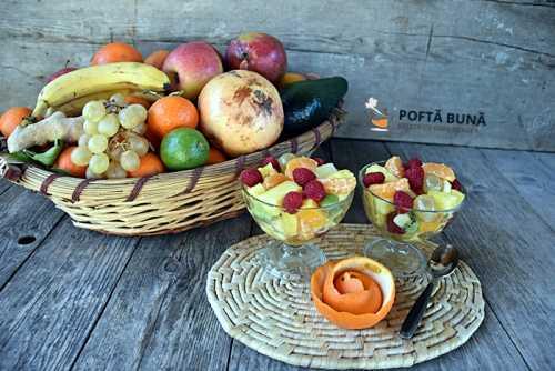 Salata de fructe reteta simpla pas cu pas 1 500x334 - Tarta cu aluat fraged, crema de vanilie si fructe