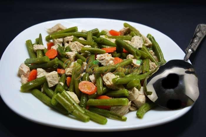 Salata calda de pui cu fasole verde pofta buna cu gina bradea3 - Salata calda de pui cu fasole verde