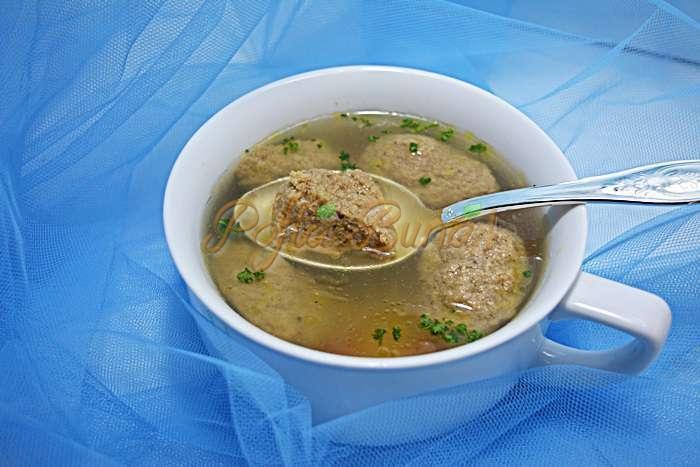 Supa cu galuste din ficat