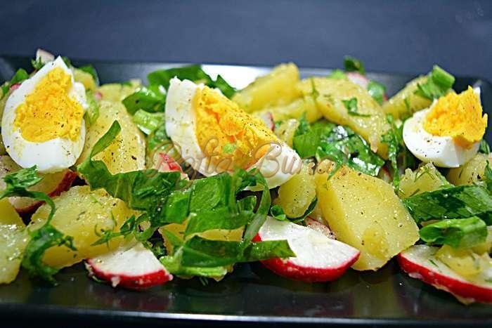 Salata de cartofi cu leurda pofta buna cu gina bradea 3 - Salata de cartofi cu leurda si ridichi