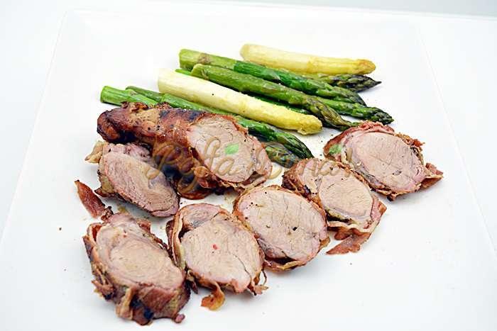 Muschiulet de porc in bacon la gratar pofta buna cu gina bradea 8 - Muschiulet de porc in bacon, la gratar