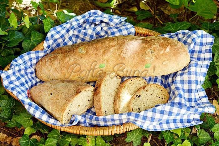 Paine cu faina integrala seminte si masline pofta buna cu gina bradea 7 - Paine cu masline si seminte, din faina integrala