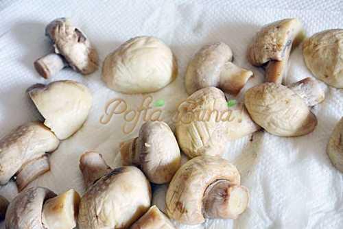 Ciuperci-la-borcan-in-ulei-sau-saramura-pentru-iarna-pofta-buna-cu-gina-bradea (5)