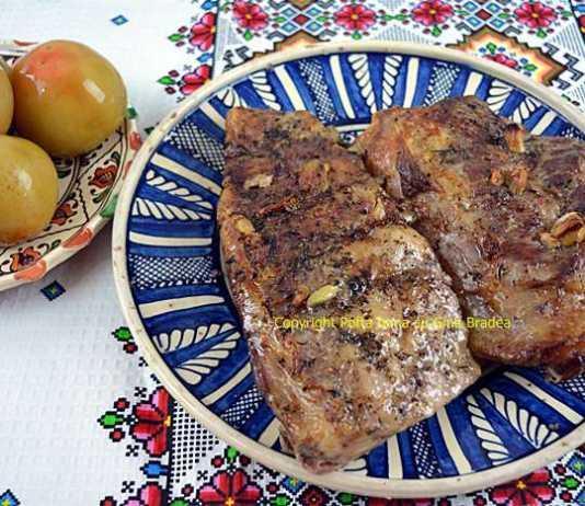 Costite de porc la cuptor, reteta simpla, traditionala