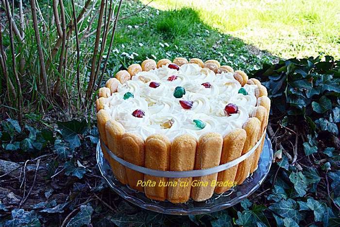 Tort fara coacere cu mascarpone frisca iaurt fructe - Tort fara coacere cu mascarpone, frisca si iaurt