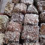 Prajitura tavalita Mihaela Mihaela 150x150 - Prajitura tavalita cu nuca si cocos - Lamington