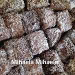 Tavalita Mihaela Mihaela 150x150 - Prajitura tavalita cu nuca si cocos - Lamington