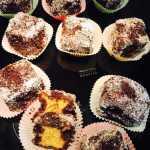 monica mon 150x150 - Prajitura tavalita cu nuca si cocos - Lamington