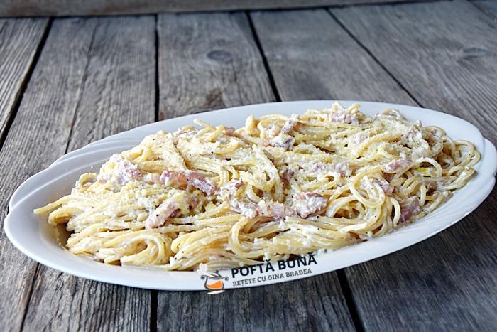 Paste cu smantana afumatura si parmezan reteta italiana 2 - Paste cu smantana, afumatura si parmezan