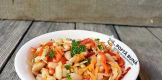 Salata cu fasole boabe, ceapa, morcov si ardei