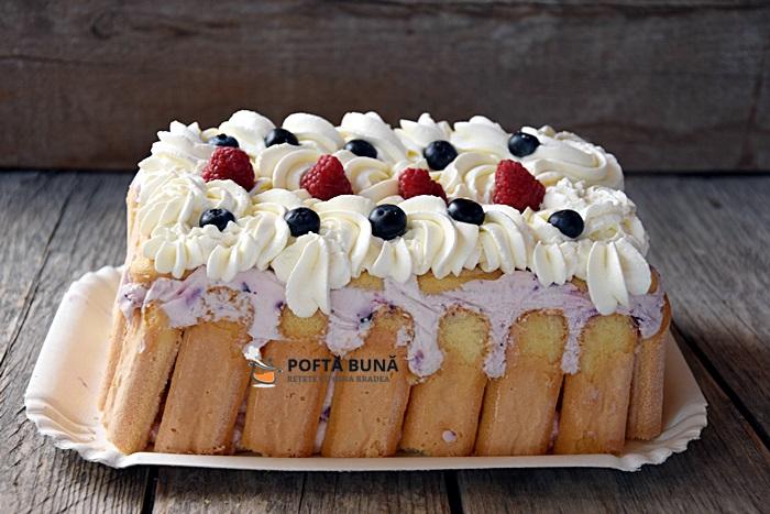 Tort cu fructe de padure iaurt si frisca facut la rece - Tort cu iaurt si fructe de padure, fara coacere