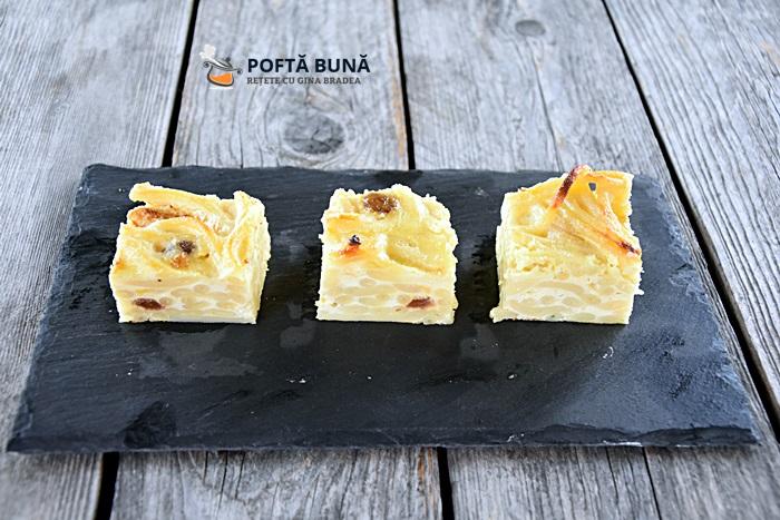 Budinca din paste cu branza dulce si stafide, reteta simpla, clasica