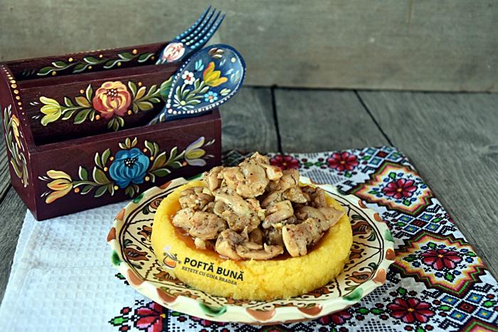 Tochitura din carne de pui reteta rapida - Tochitura din carne de pui, reteta simpla si rapida